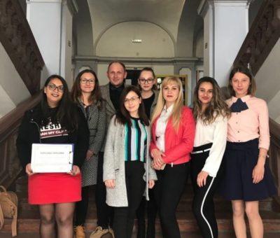 Poza 6 comunicat presa simpozion studenti 2019