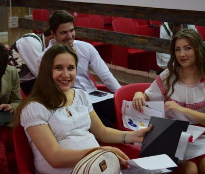 Sesiunea de comunicari studenţeşti Cultură Educaţie Societate 12