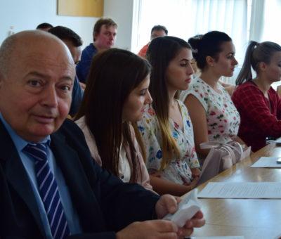 Sesiunea de comunicari studenţeşti Cultură Educaţie Societate 6