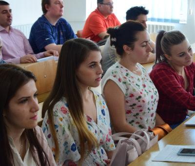 Sesiunea de comunicari studenţeşti Cultură Educaţie Societate 7