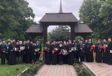 Festivitatea de absolvire a celei de-a 25-a promoții la Facultatea de Teologie Ortodoxă din Arad