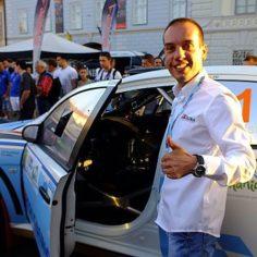 Pilotul de raliuri Vali Porcişteanu vine la Universitatea Aurel Vlaicu din Arad