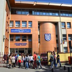 """Ramona Lile: Universitatea """"Aurel Vlaicu"""" din Arad, o universitate de top"""